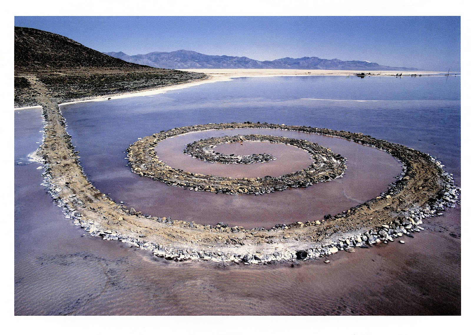 the spiral jetty by robert smithson essay The essay section is inclusive of writings by and about smithson, and  spiral  jetty embodied one of his goals, which was to place work in the land rather than .