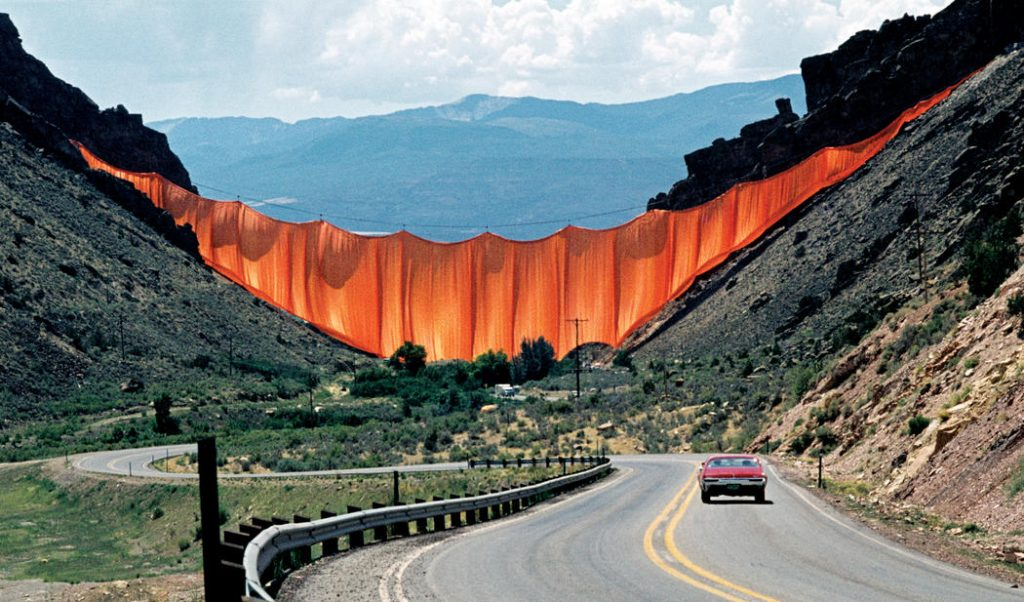 Valley Curtain de Christo et Jeanne-Claude